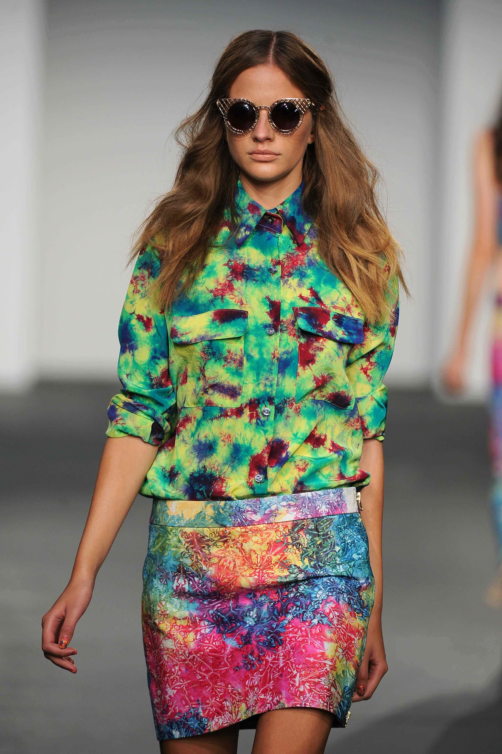 House of Holland SS13 - centre parting (www.a-styl.se)